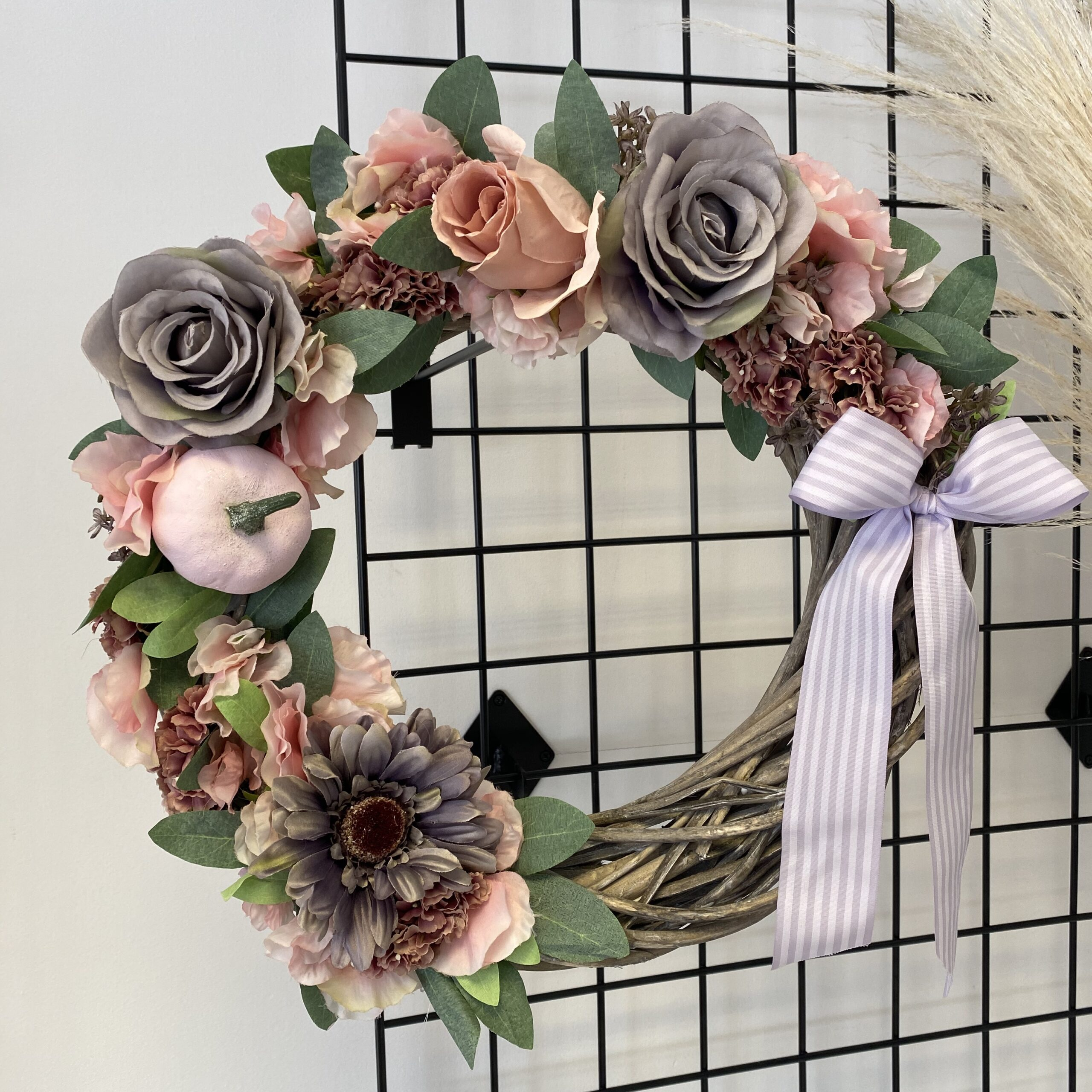 Grey & Pink Rattan Wreath – 40cm